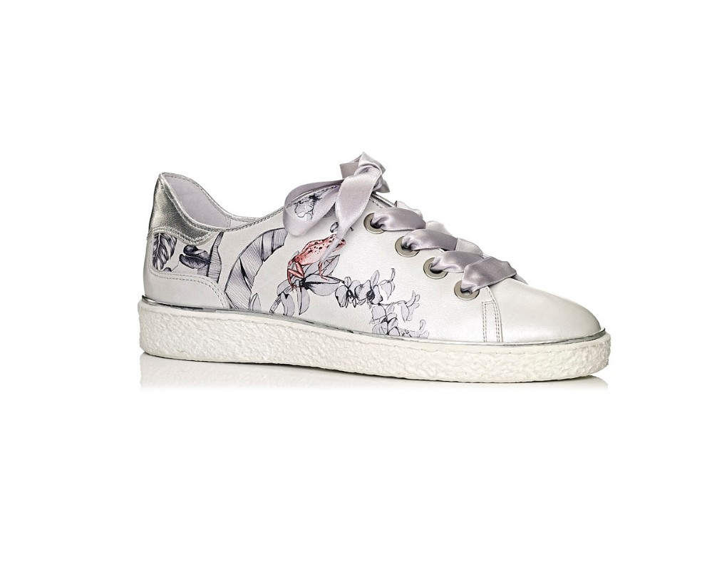 Softwaves Women Sneakers white with print, comfort