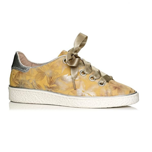 buy online flat sneakers in color yellow with laces, remoavble insole and extra confort