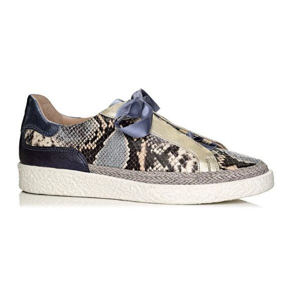 buy online flat Softwaves sneakers with white sole in snake print in blue jeans with satin laces