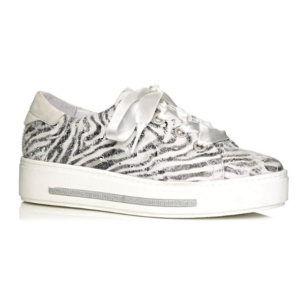 buy online Softwaves sneakers with white sole in tiger print with laces removable insole extra comfort