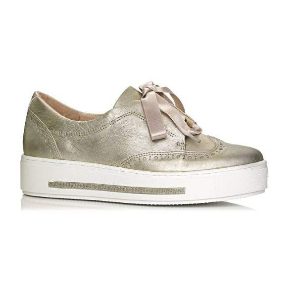 buy online Softwaves sneakers with white sole in color gold with satin laces extra comfort