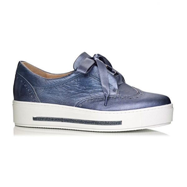 Softwaves sneakers with white sole in color blue jeans with laces, extra comfort buy online
