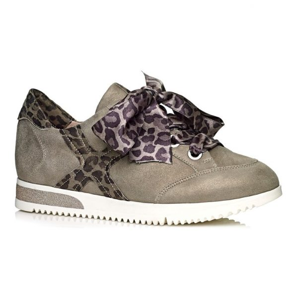 Softwaves Women Sneakers in Kaki with leopard laces