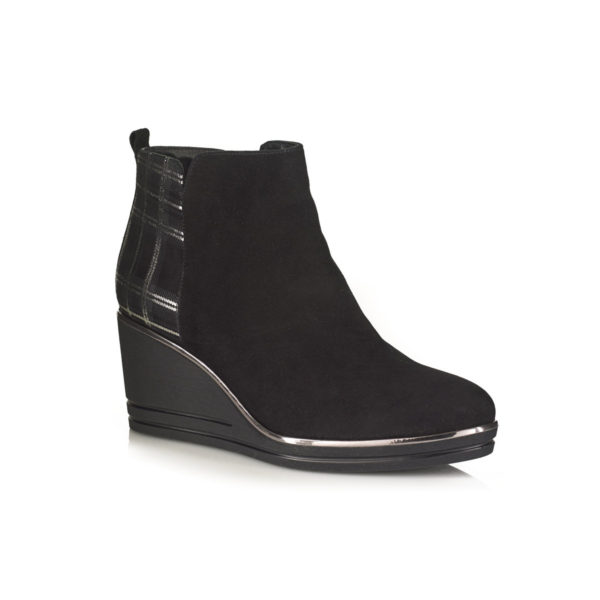 WEDGE BOOTS IN BLACK VELOUR VERY COMFOR AND LIGHT WITH ZIP