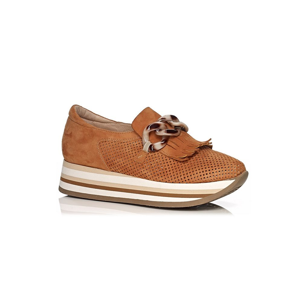 SOFTWAVES WEDGE SENAKERSVERY COMFROT AND WITH REMOVABLE INSOLE IN COLOR COGNAC