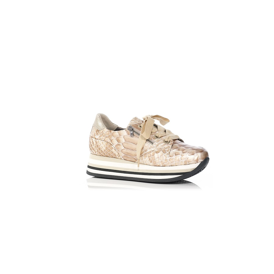 PLATAFORM SNEAKER IN CROCO CREME VERY COMFORT AND LIGHT , WITH REMOVABLE INSOLE