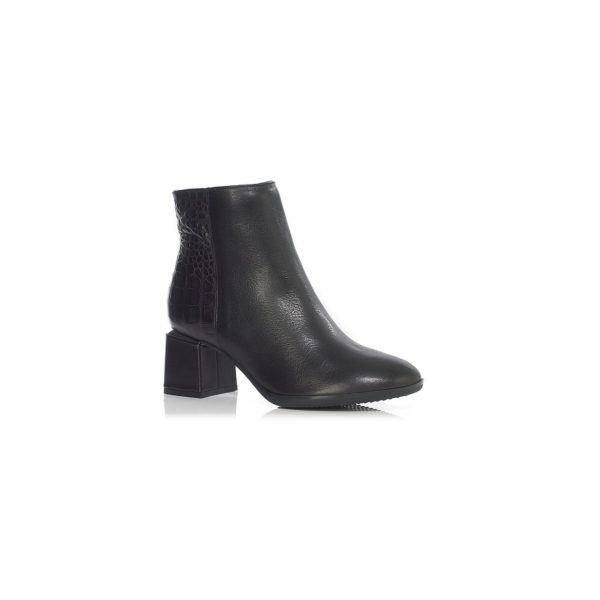 HEEL ANKLE BOOTS WITH LACES WITH INSIEDE ZIP, VERY COMFORT AND QUALITY