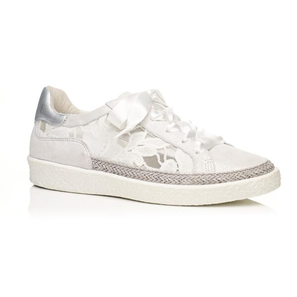 White Flat Sneakers with mesh, very confort