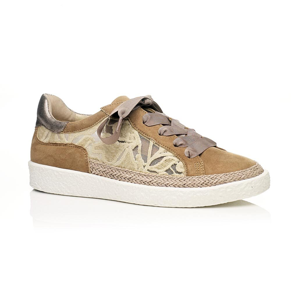 Flat sneakers in cognac with mesh, very confort