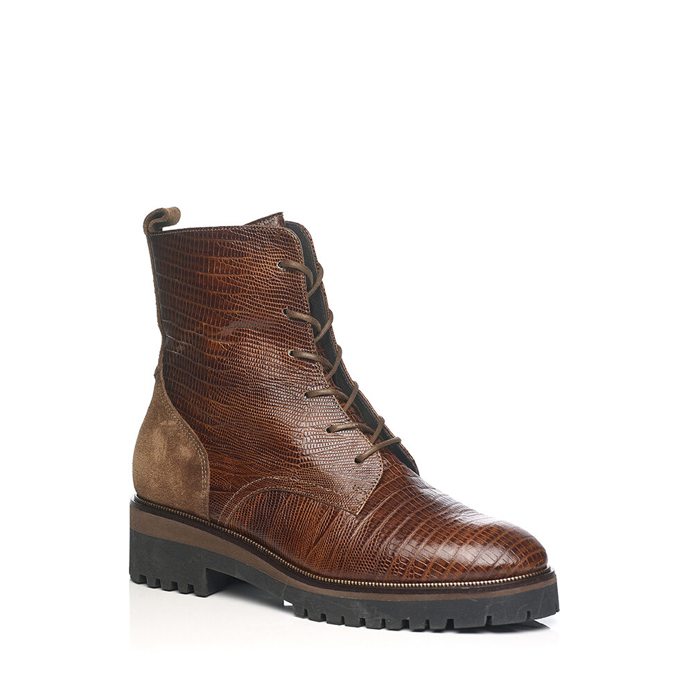 SOFTWAVES FLAT BOOTS IN COGNAC LEATHER WITH LACES