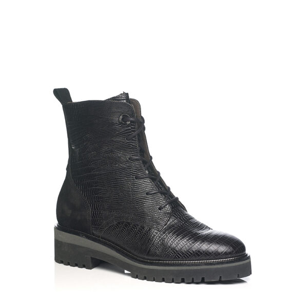 SOFTWAVES FLAT BOOT WITH LACES AND INSIDE ZIP, IN LEATHER BLACK
