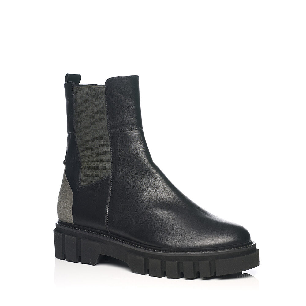 SOFTWAVES BOOTS VERY LIGTH ABD SOFT AND BLACK
