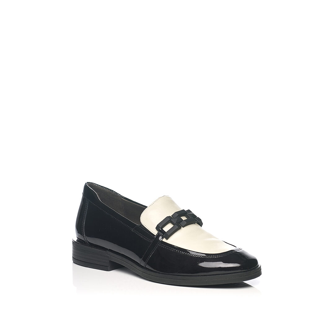 SOFTWAVES LOAFERS BLACK AND WHITE